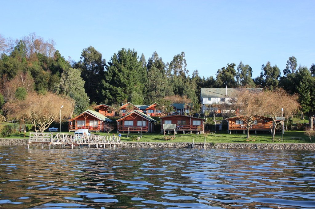 cabañas-a-orilla-del-lago